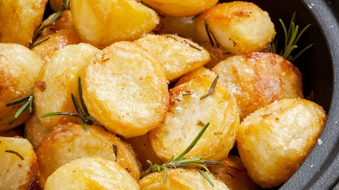 Our Simple & Delicious Roast Potatoes